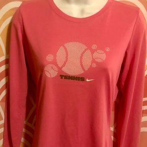 Nike Long Sleeve Tee-Shirt